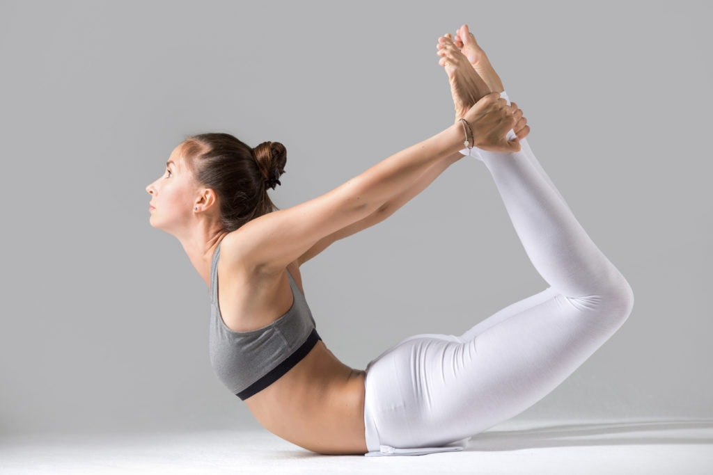 Yoga giảm mỡ bụng tư thế cánh cung - Dhanurasana